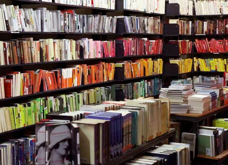 2012 bookstore 04