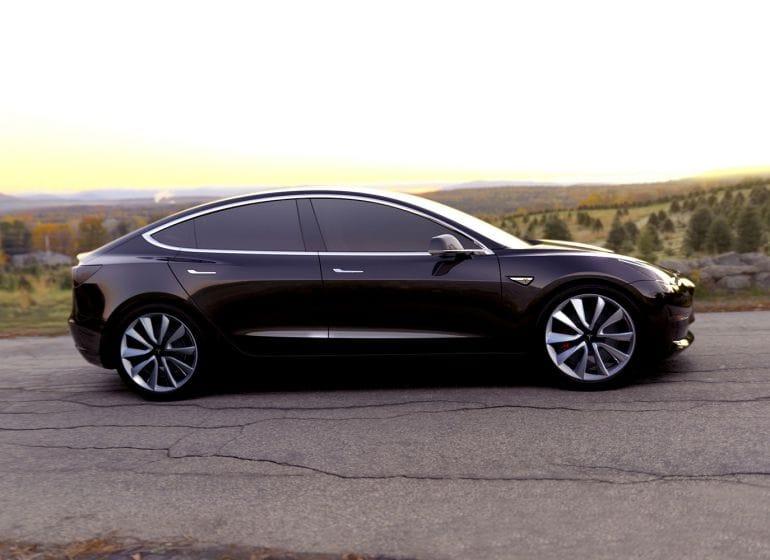 Tesla-model-3-01