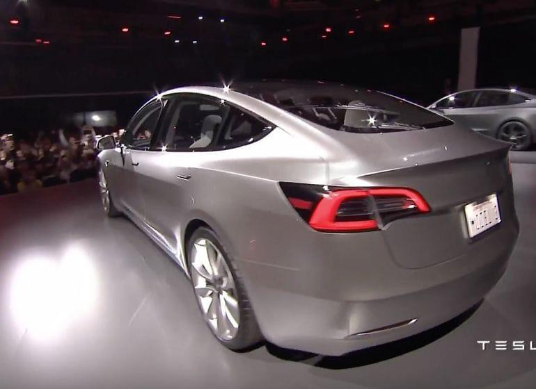 Tesla-model3-reveal-14