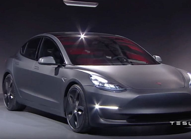 Tesla-model3-reveal-15