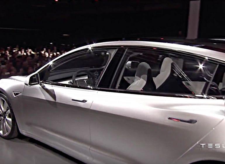 Tesla-model3-reveal-9