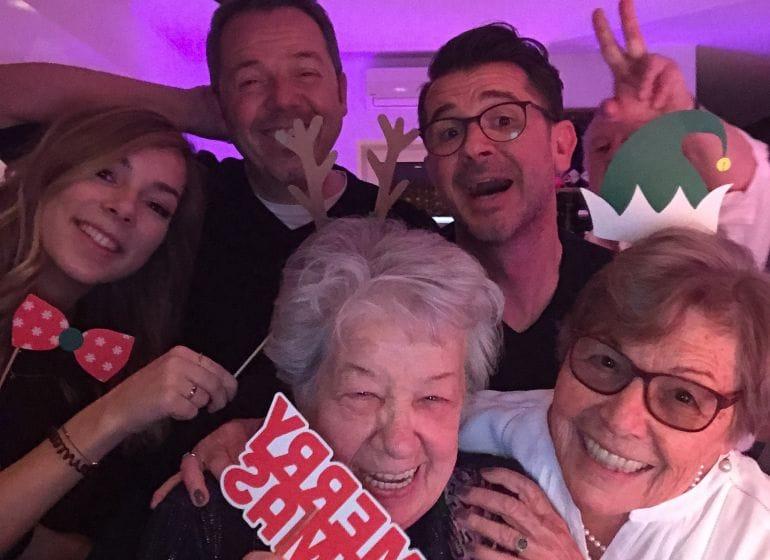 2017 12 16 xmas family booth 11