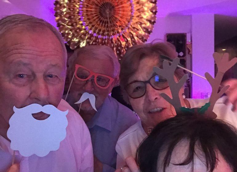 2017 12 16 xmas family booth 26